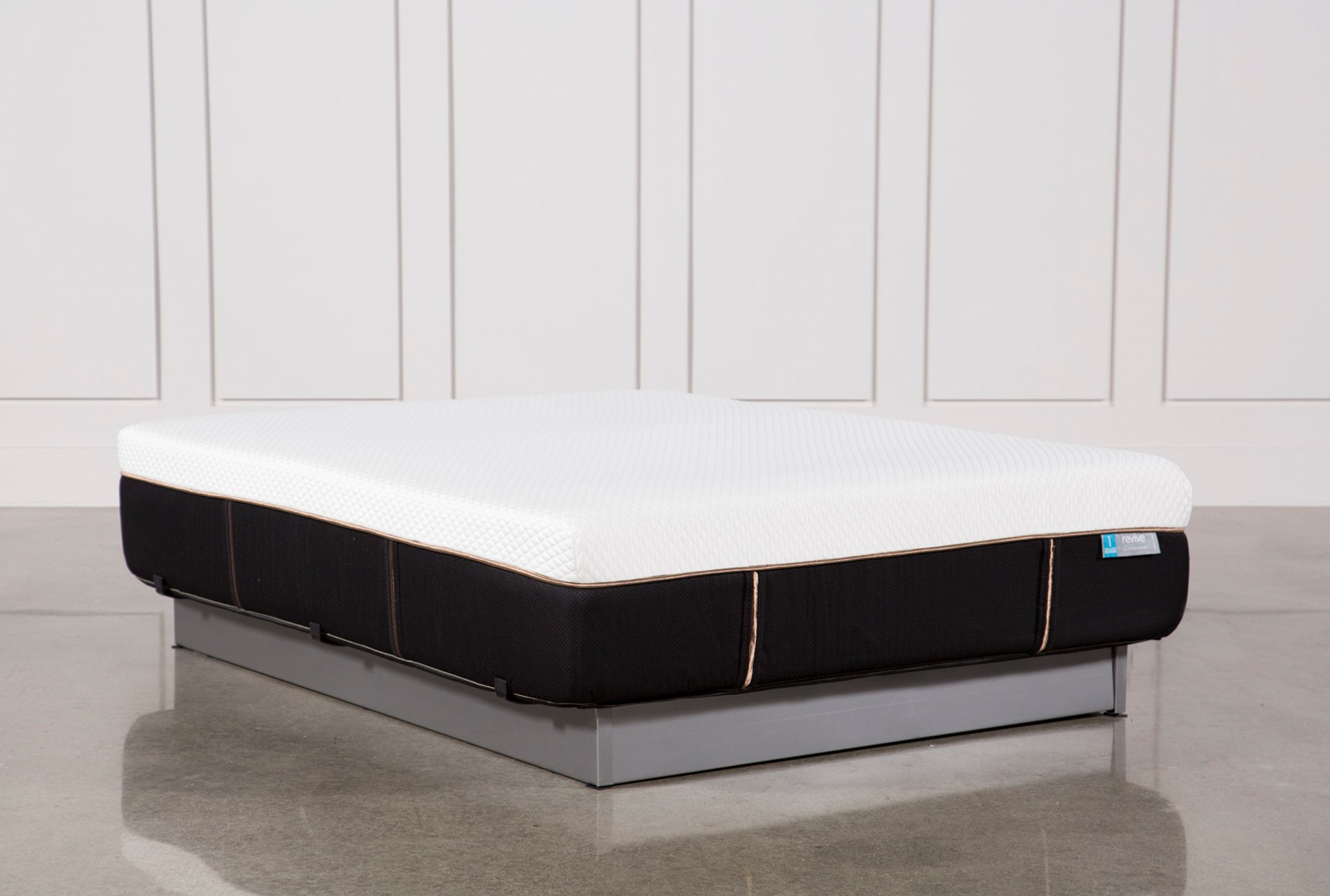 copper hybrid firm queen mattress living spaces