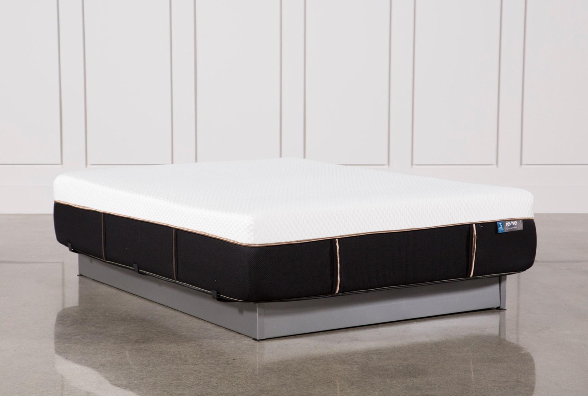 Copper Hybrid Plush Queen Mattress   Living Spaces