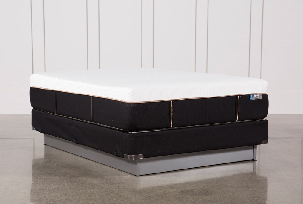Copper Hybrid Plush Queen Mattress W/Foundation