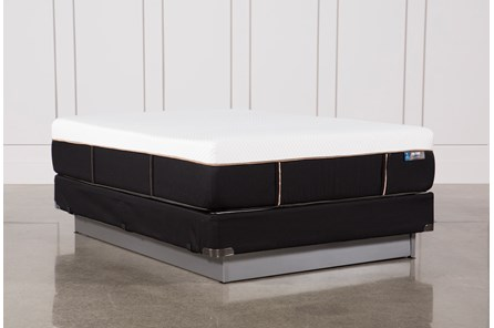 Copper Hybrid Plush Queen Mattress W/Foundation - Main