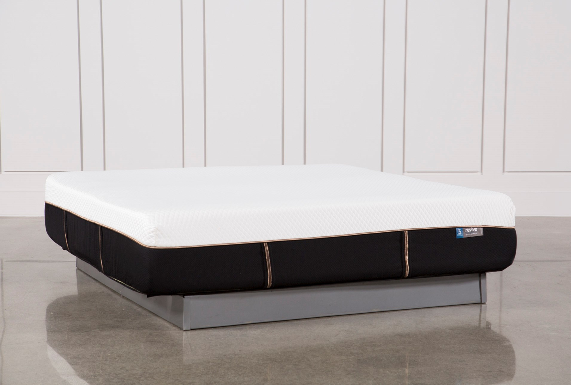 Copper Hybrid Plush Eastern King Mattress Living Spaces