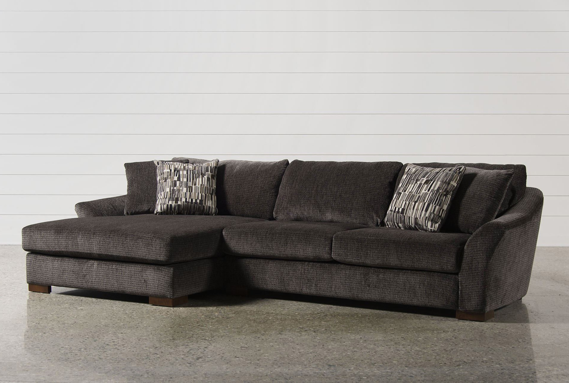 Evan 2 Piece Sectional W/Raf Chaise | Living Spaces