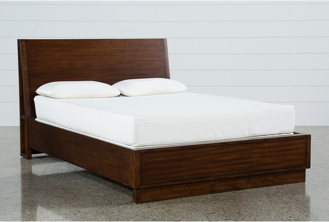 Maverick Eastern King Panel Bed - 360