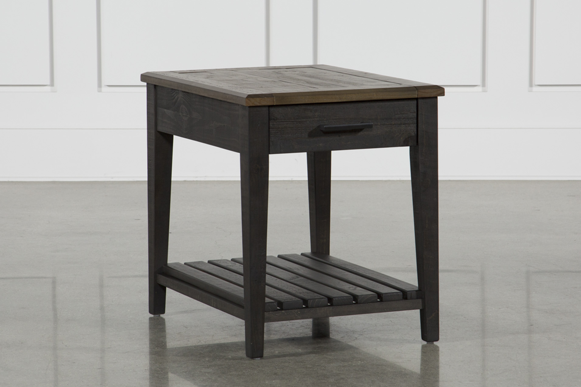 Foundry End Table   360