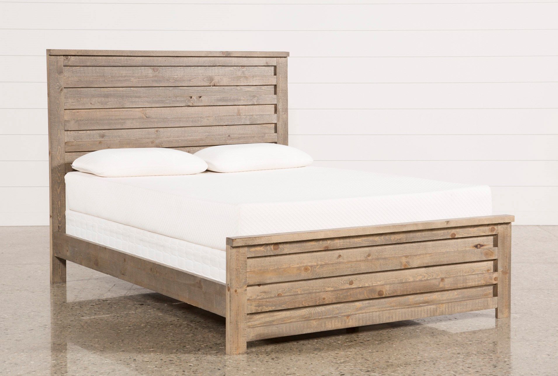 Marco Queen Panel Bed | Living Spaces