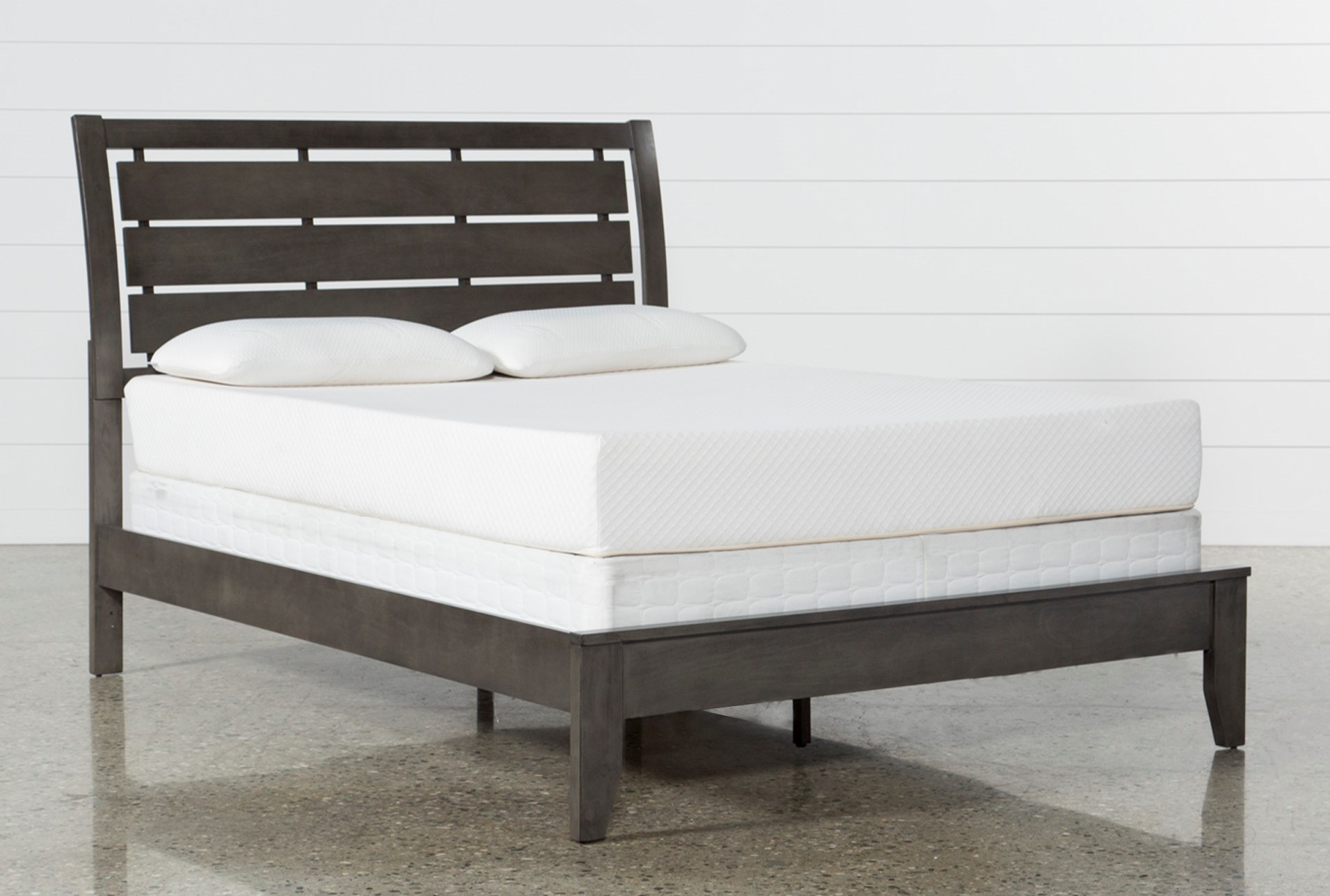 the latest db8a2 8acdb Chad Grey Queen Panel Bed