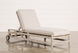 Outdoor Pompeii Chaise Lounge