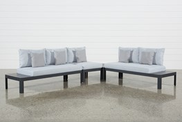 Outdoor Andaz 3 Piece Sectional & Coffee Table