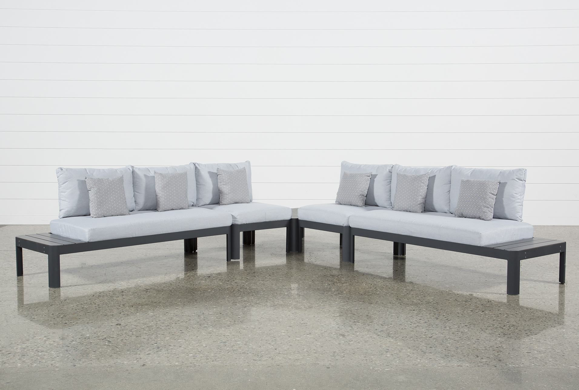 Outdoor Andaz 4 Piece Sectional U0026 Cocktail Table   360