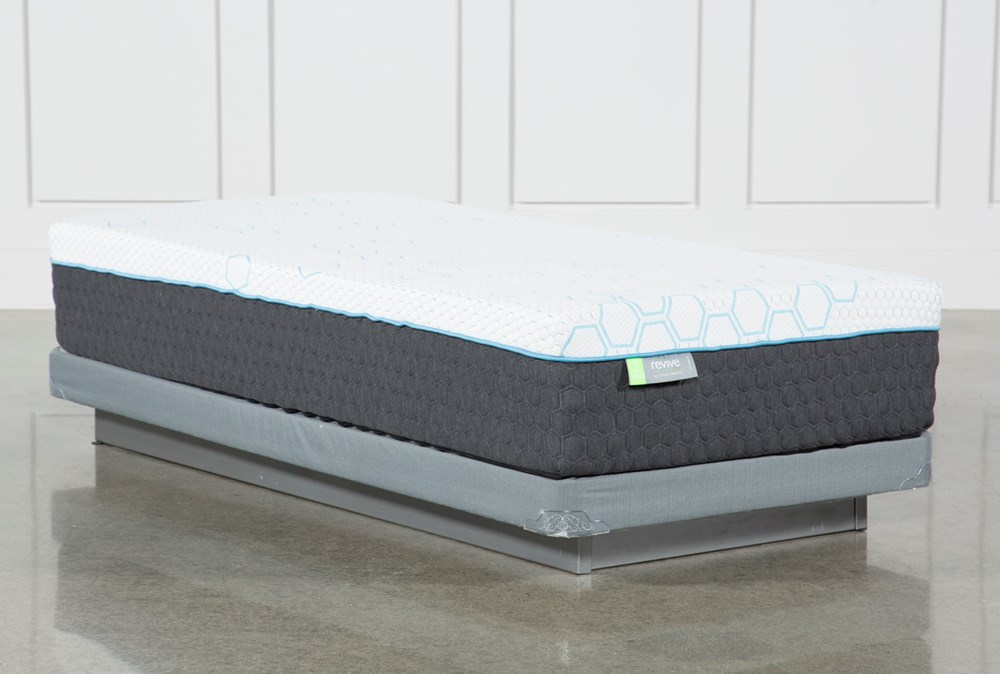 H2 Medium Hybrid Twin Mattress With Low Profile Foundation