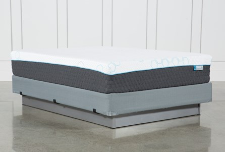 H2 Plush Queen Mattress W/Foundation