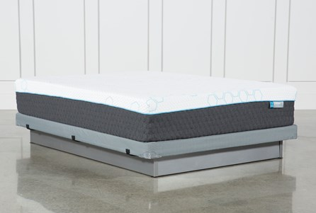 H2 Plush Hybrid Queen Mattress W/Low Profile Foundation