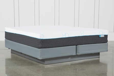 H2 Plush Eastern King Mattress W/Foundation