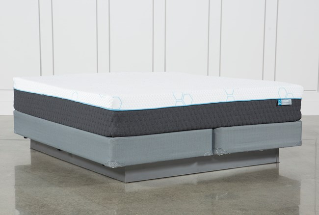 H2 Plush Eastern King Mattress W/Foundation - 360