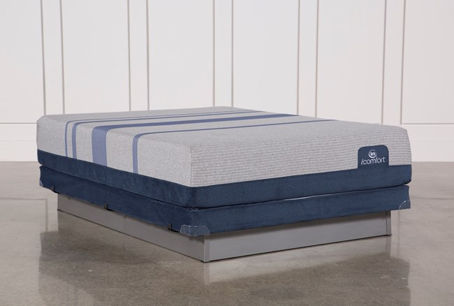 Blue Max 1000 Cushion Firm Queen Mattress W/Low Profile Foundation - 360