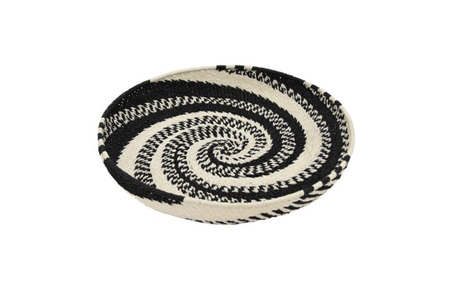 19 Inch Black And White Woven Tray - 360
