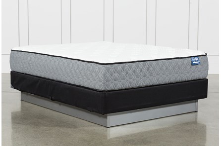 Resort Queen Mattress W/Foundation - Main