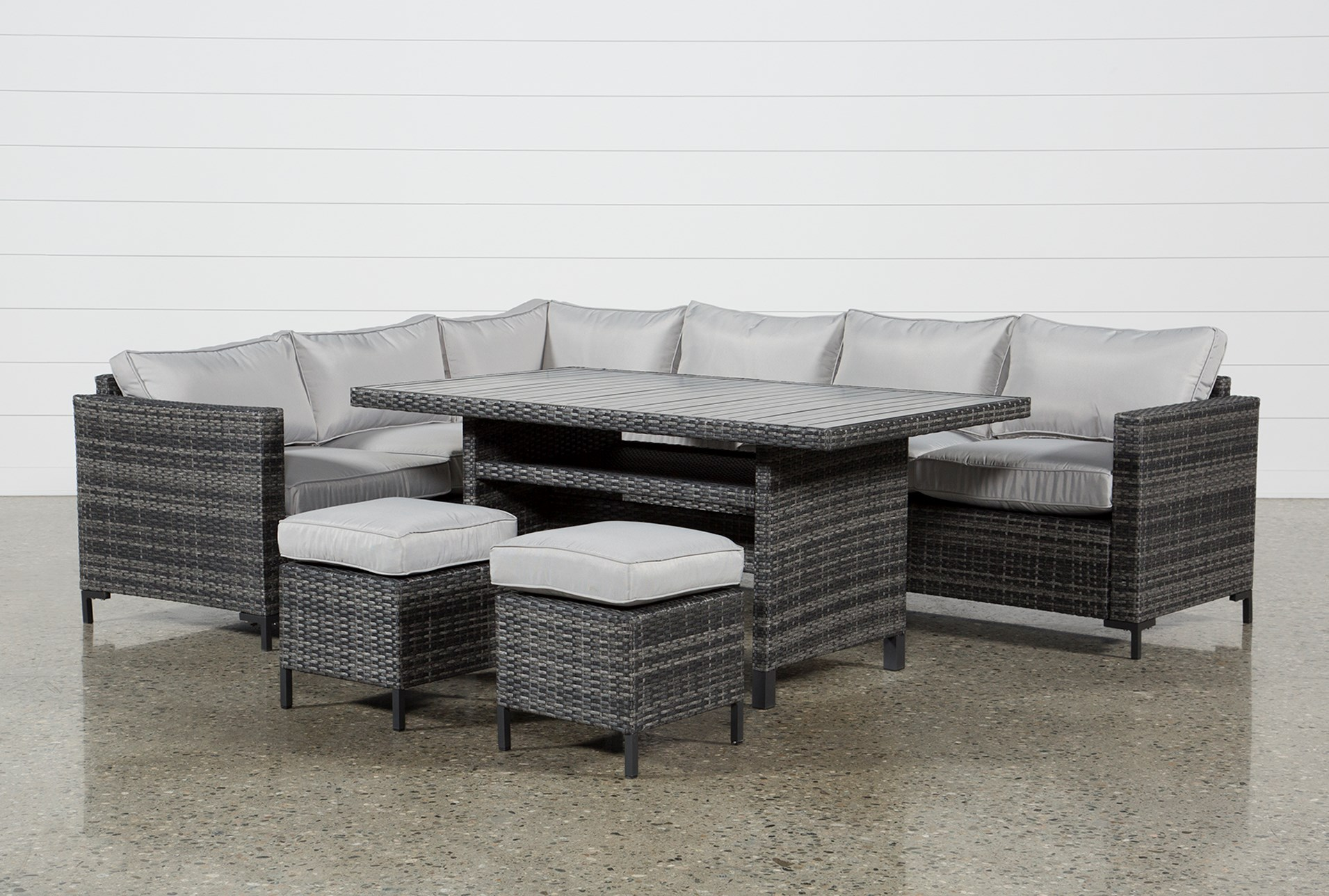 Outdoor Domingo Banquette Lounge With 2 Ottomans Living