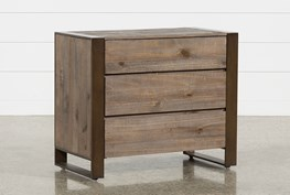 Lassen Bachelors Chest