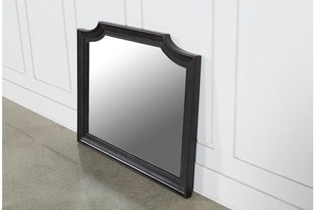 Deanne Mirror
