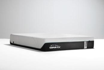 Tempur-Pro Adapt Medium Hybrid Twin Mattress