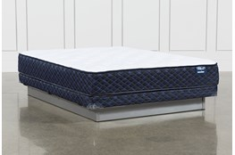 Series 4 Queen Mattress With Low Profile Foundation