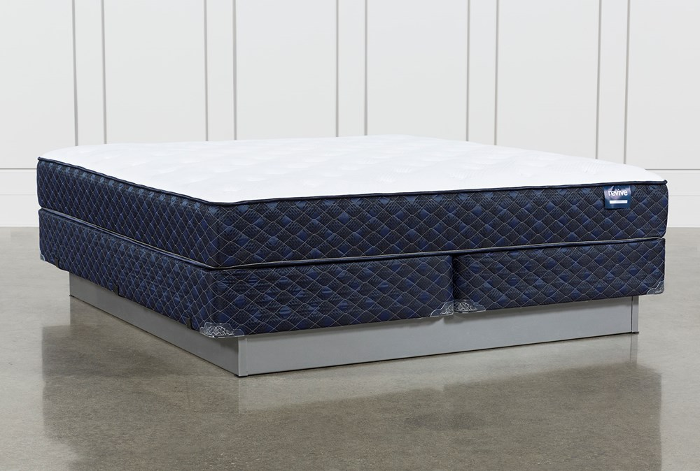 Series 4 Eastern King Mattress With Foundation