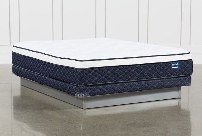 Series 6 Queen Mattress With Low Profile Foundation - 360
