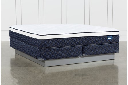 Series 6 Cal King Mattress With Foundation - Main