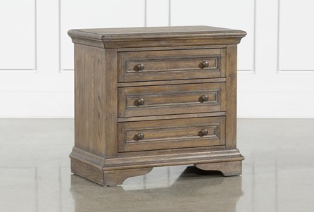 Chapman 3 Drawer Nightstand With USB