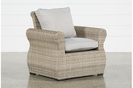 Malta Outdoor Lounge Chair