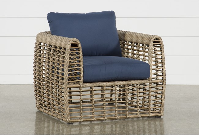 Outdoor Grenada Lounge Chair - 360