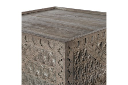 AGED GREY BUNCHING TABLE