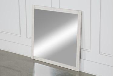 Cassie Mirror