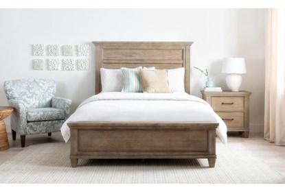 Meridian Eastern King Panel 3 Piece Bedroom Set Living Spaces