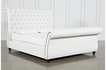 Calistoga Queen Upholstered Sleigh Bed
