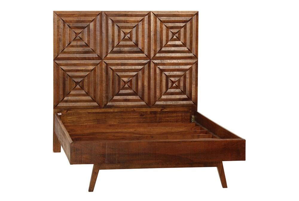 3 Dimensional Headboard Queen Bed