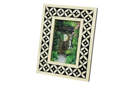 Black + White Patterned Picture Frame