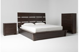 Teagan Eastern King Panel 3 Piece Bedroom Set