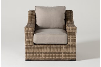 Capri Outdoor Lounge Chair