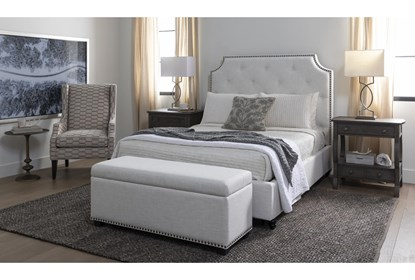 Sophia Ii Storage Bedroom Bench Living Spaces