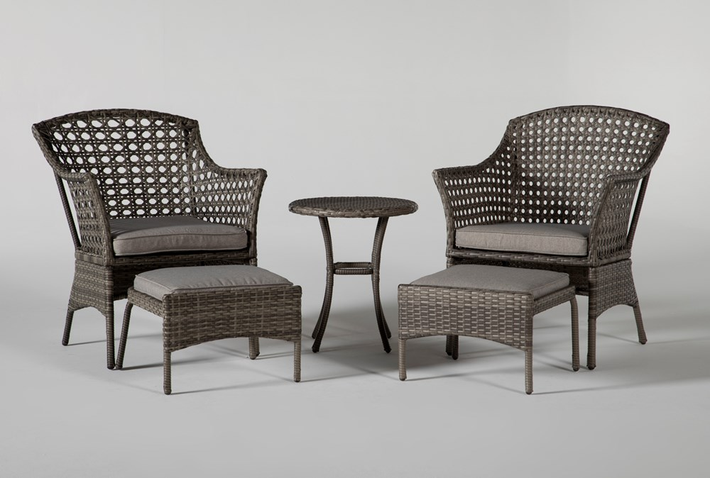 Hayes Outdoor 5 Piece Chat Set With Round Accent Table