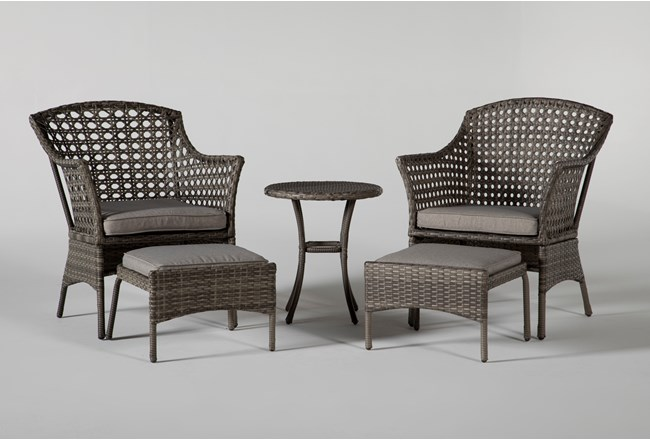 Hayes Outdoor 5 Piece Chat Set With Round Accent Table - 360