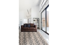 "2'5""x8' Rug-Tribal Geometric Charcoal/Grey"