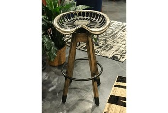 """Iron And Wooden Tractor Seat 34"""" Barstool"""