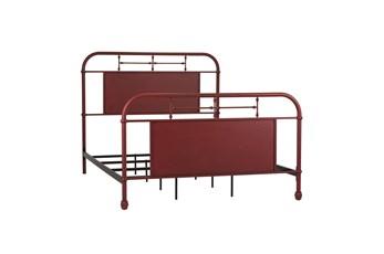 Cedar Falls Red Queen Metal Bed