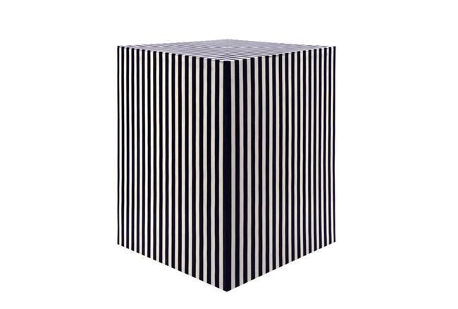 "19"" Black Optical Illusion Stool - 360"