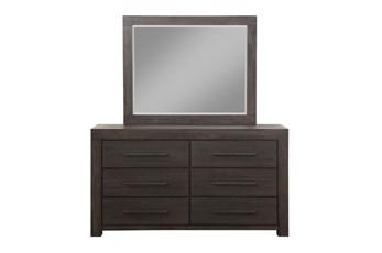 Heath Dresser/Mirror