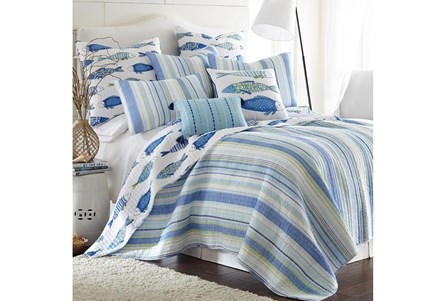 Full/Queen Quilt-3 Piece Set Reversible Stipes to Fish Print - Main