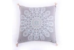 18X18 Medallion Tassel Decorative Pillow